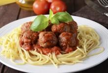 Receta Espaguetis con albóndigas